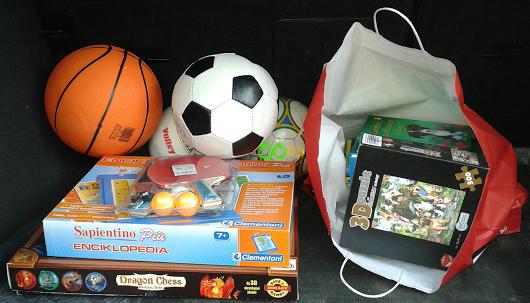 Könyvek és játékok karácsonyra